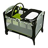 Graco Pack N Play Playard with Reversible Napper and Changer Omni, Green