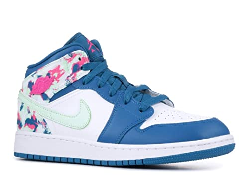 official photos 5c55f b05e9 Amazon.com: Nike Air Jordan 1 Mid Girls' Shoe (3.5y-7y) Big ...