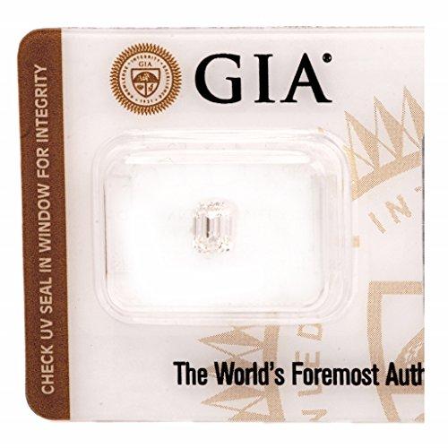 0.70 Ct Emerald Cut Diamond - 6