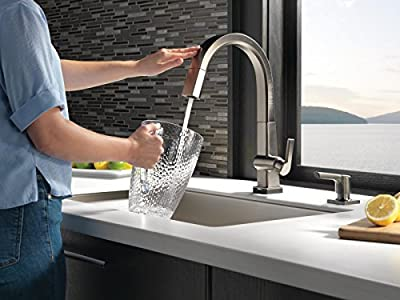 Delta Faucet Pivotal Single-Handle Touch Kitchen Sink Faucet with Pull Down Sprayer, Touch2O Technology and Magnetic Docking Spray Head, Black Stainless 9193T-KS-DST