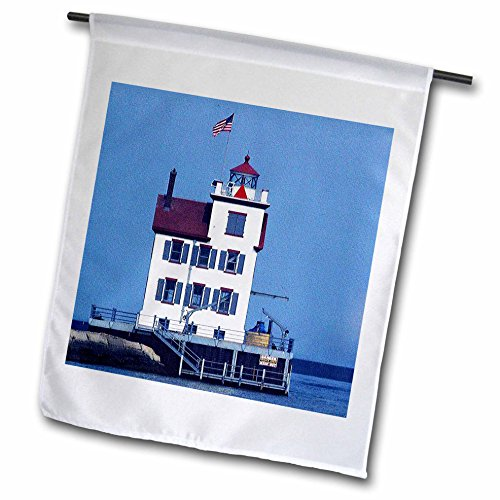 Sandy Mertens Ohio - Lorain Lighthouse in Lorain Looking Over Lake Erie - 18 x 27 inch Garden Flag (fl_61706_2)