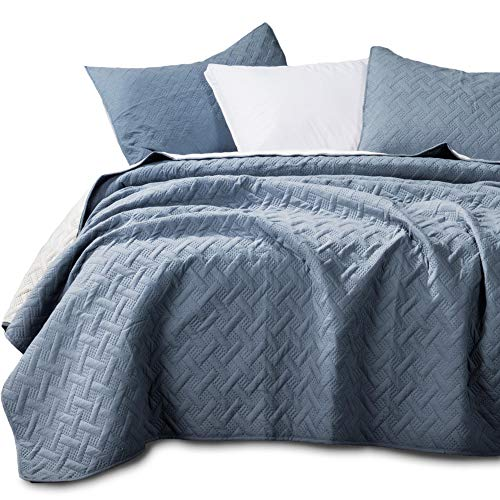 - KASENTEX Quilted Coverlet 3-pc Mini Bedding Set-All Season Lightweight Ultra Soft Stone Washed Blanket-Heat-Pressed 2-Tone Reversible Color, King Shams, Indigo Light/Cement Grey