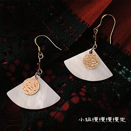 - usongs Minimalist natural shell handmade retro fan-shaped gold earrings court onyx earrings 925 hypoallergenic