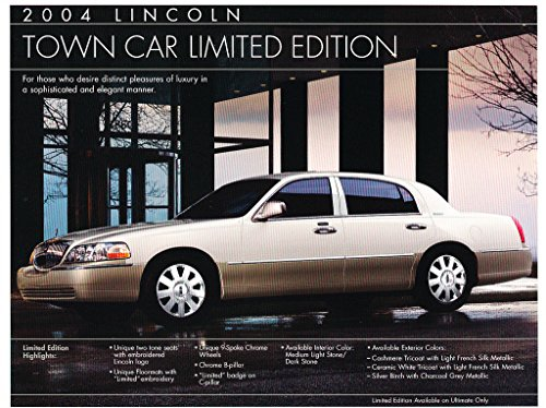 2004 Lincoln Town Car Limited Edition two-tone 1-page Sales Brochure Card