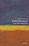 Diplomacy: A Very Short Introduction (Very Short Introductions) (English Edition)