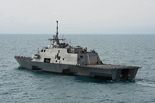 the-littoral-combat-ship-uss-fort-worth-lcs-3-operates-near-the-location-where-the-tail-of-airasia