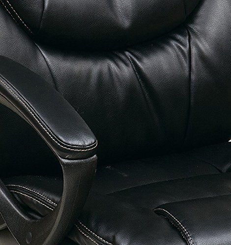 Amazon.com: Office Star Faux Leather Manageru0027s Chair With Padded Arms, Black:  Kitchen U0026 Dining