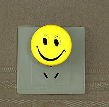 Amazon.com: Emoji sonriente luz nocturna lámpara de luz LED ...