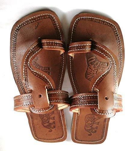 6c4ba135b9f5 Amazon.com  Reef Sandy Sandals for Men