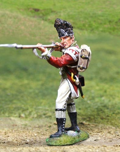 American Revolutionary War British 5th Regiment Foot Grenadier Firing The Collectors Showcase Toy Soldiers Painted Metal Figure 54mm CS00838 Britains Thomas Gunn King and Country Type