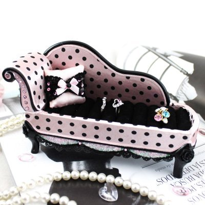 (Jacki Design Polka Dot Romance Lounge Chair Ring Holder (Purple) JGS22997)
