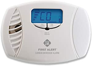 First Alert Dual-Power Carbon Monoxide Detector Alarm | Plug-In with Battery Backup and Digital Display, CO615
