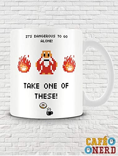 CANECA GAMER - ZELDA - IT'S DANGEROUS TO GO ALONE
