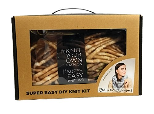 Super Soft Chunky Yarn Single Loop Scarf DIY Knit Kit, Large Wood Knitting Needles (Marled Brown)