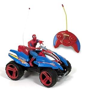 Giro Silverlit Quad Radiocontrol Spiderman lanza 3 Misiles