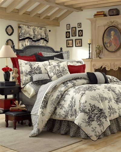 - Thomasville Bouvier 4-Piece Comforter Set, Cal King