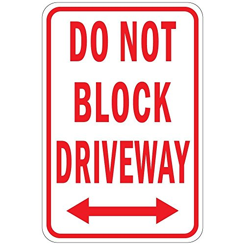 (Iliogine Funny Plaque Signs Do Not Block Driveway Metal Sign for Gardern Garage Driveway Sign)