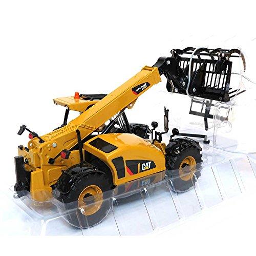 1/32nd High Detail Caterpillar TH407C Telehandler