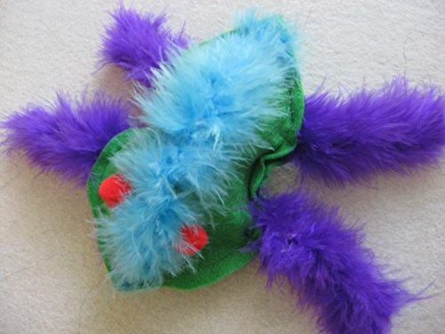FUZZY BUG Catnip Toy by Catching Lizards