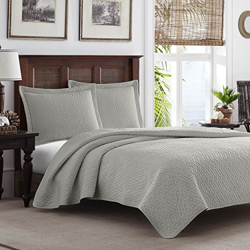 Tommy Bahama Chevron Quilt Set, Twin, Pelican Gray (Gray Quilt Twin)