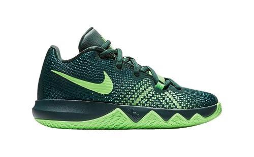 sale retailer 28d15 1df9d Nike Boy s Kyrie Flytrap Basketball Shoe Pro Green Green Strike Spinach  Green Size 3.5