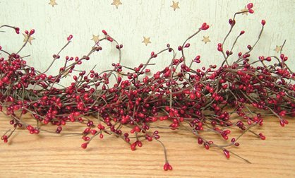 Pip Berry Garland (4 Feet Long) (Red & Burgundy)