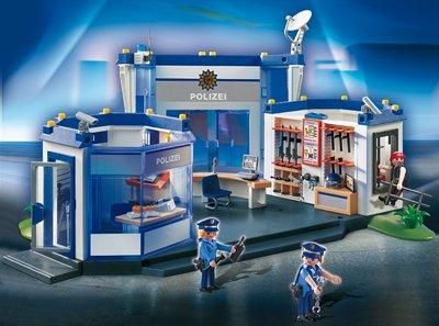 Playmobil 4263 Polizei Hauptquartier Amazon De Spielzeug