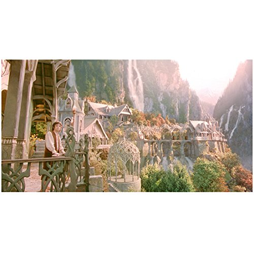 The Lord of the Rings Elijah Wood as Frodo Looking at Rivendell 8 x 10 Inch Photo