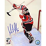 NHL Martin Brodeur 552nd Win Autographed 8-by-10-Inch Photograph