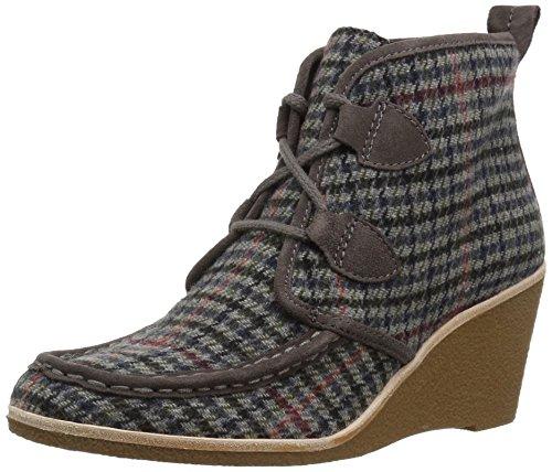 G.H. Bass & Co. Women's Rosa Chukka Boot