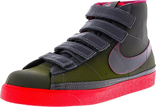 Nike Women's Blazer AC High Dark Grey/Solar Red High-Top Fashion Sneaker - 8.5M (Red Grey Nike Tops And High)
