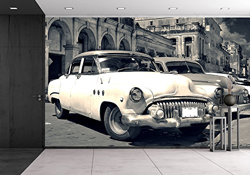 Street View Old Cars (wall26 - Panoramic View of Shabby Old Havana Street with Vintage Classic American Cars - Removable Wall Mural | Self-adhesive Large Wallpaper - 66x96 inches)