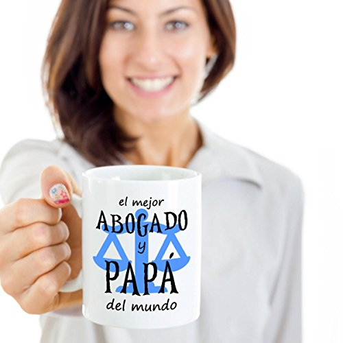 SAYOMEN - Mejor Abogado y Papa del Mundo - Feliz Dia Del Padre - Father's Day Coffee Mug for Dad (in Spanish) - Regalos para Papa, MUG 15oz (Regal Coffee Urn)