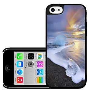 Colorful Sunrise Iceland Beach Hard Snap on Case (iPhone 5c)
