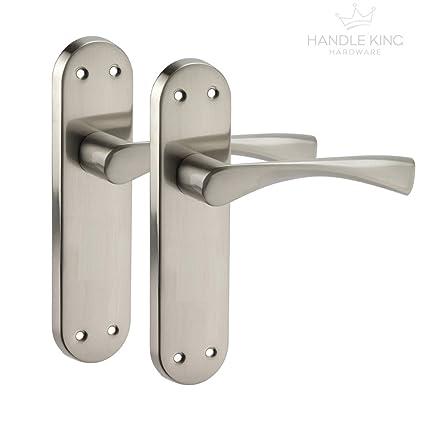 Chrome Door Handles >> Modern Brushed Chrome Door Handles On Backplate H751221s
