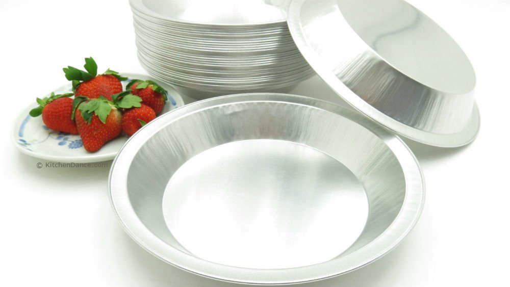KitchenDance 9'' Disposable Heavy Aluminum Foil Pie Pans (25)