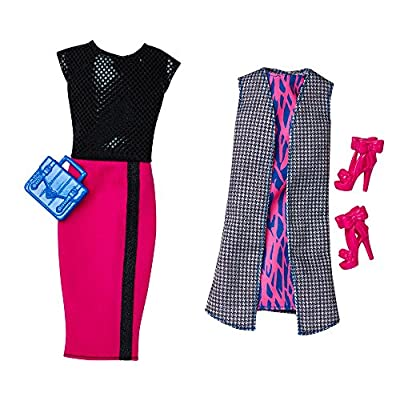 Barbie Fashionistas Doll & Fashions Chic With A Wink: Toys & Games