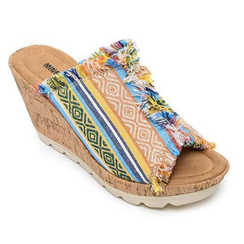 (Minnetonka Women's York Wedge Sandals 7 M US - Cortez)
