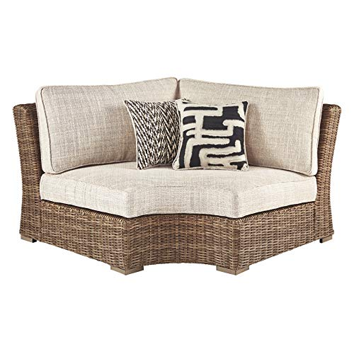 (Ashley Furniture Signature Design - Beachcroft Outdoor Curved Chair with Cushion - Beige)