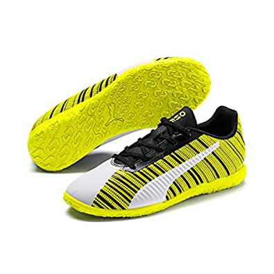 PUMA PUMA ONE 5.4 IT JR Boys Futsal Shoes, PUMA White-PUMA Black-Yellow Alert, 5 US