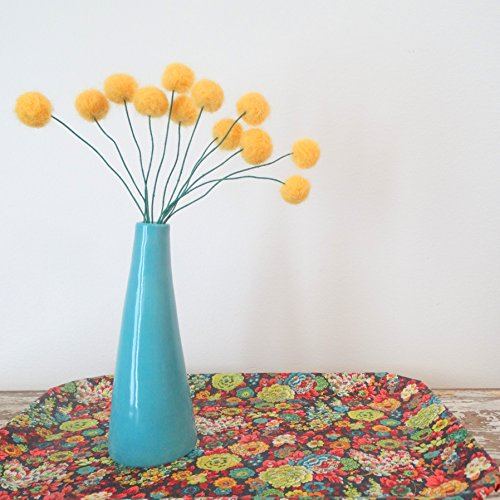 Felt craspedia flowers. Sunflower yellow wool pom poms. Pompom flowers. Faux flower bouquet. Bright floral arrangement. Felt billy balls.