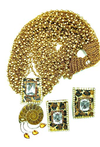 BEADED HANDMADE JEWELRY SET WITH PENDANT AND EARRINGS SET