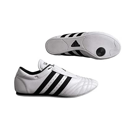 1d19d7c68fcd Amazon.com   Adidas Indoor Training Leather Sports Sm II Shoes ...
