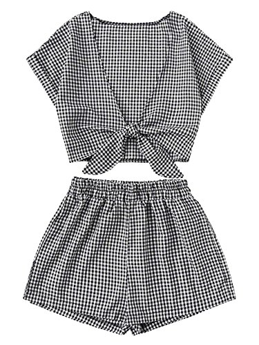 MakeMeChic Women's 2 Piece Floral Ruffle Tie Front Crop Top and Shorts Set Black-Plaid XL by MakeMeChic