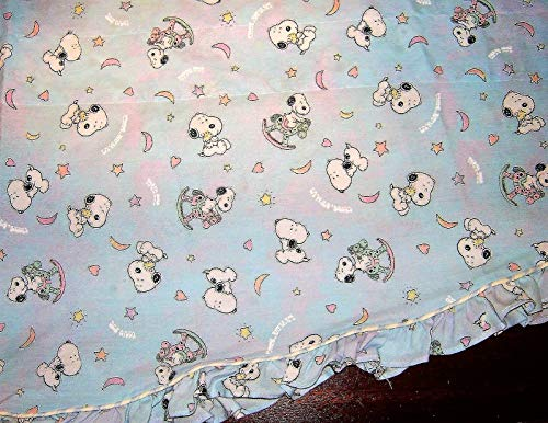 Peanuts My Little BABY SNOOPY - Lambs & Ivy - Scalloped Valance Curtain ()