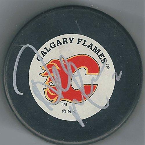 (Autographed Al MacInnis Calgary Flames Hockey)