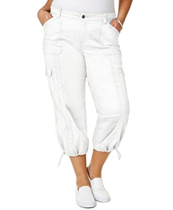 58e0a05e685 Plus Size Cargo Capri Pants In Bright White at Amazon Women s Clothing  store