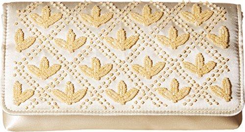 nina-heven-champagne-handbags