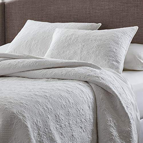 Stone & Beam Vintage-Inspired Floral Embroidery Full/Queen Coverlet Set, Soft and Easy Care, 90