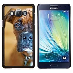 Boxer fijamente Shorthair Brown Dog- Metal de aluminio y de plástico duro Caja del teléfono - Negro - Samsung Galaxy A7 / SM-A700